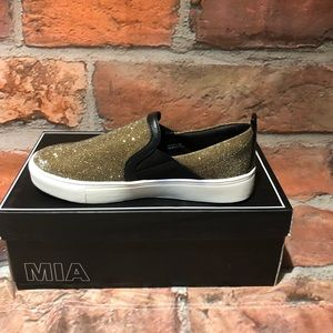 MIA Shoes - MIA Footwear